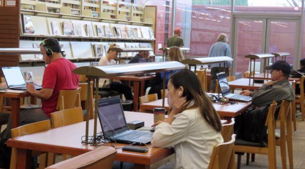 Senescyt acepta 99 613 cupos para universidades de Ecuador; ¿cuáles son las carreras más demandadas?