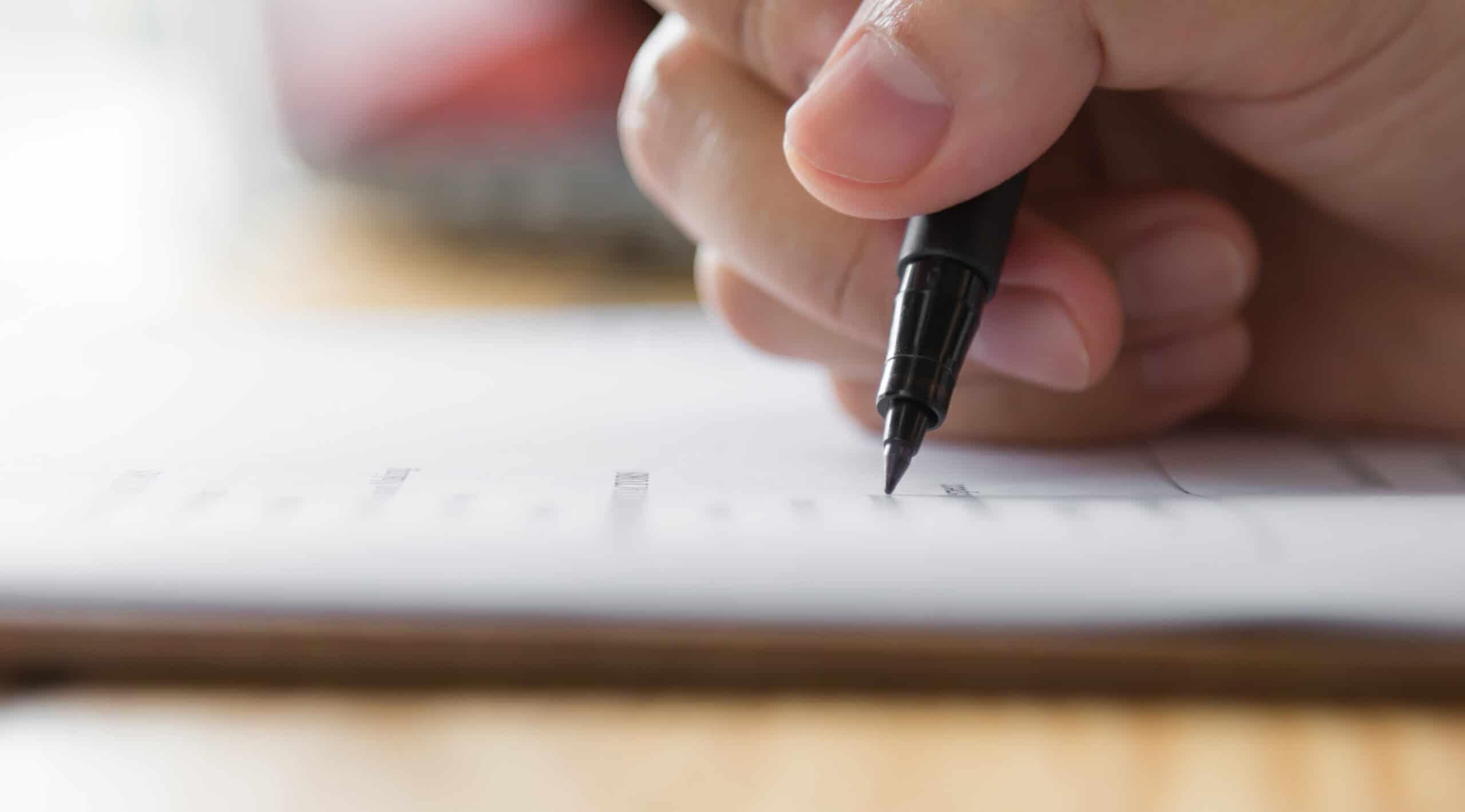 ¿Cuál es la diferencia entre el test Transformar y un examen de conocimientos?
